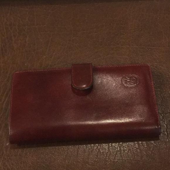 5082238f46f8 Firenze Fine Leather Wallet. M 5b4b6f9b6a0bb7aa1cb0262e